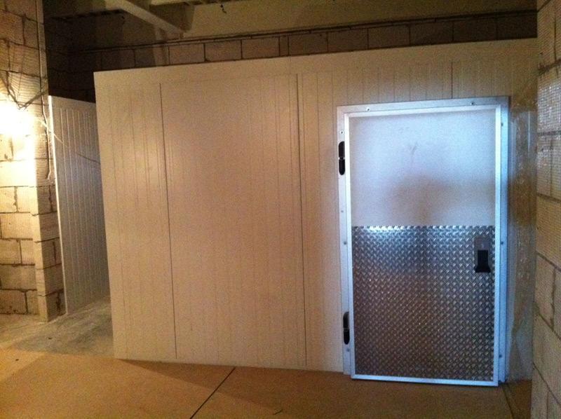 Двери холодильных камер и тепловые завесы
